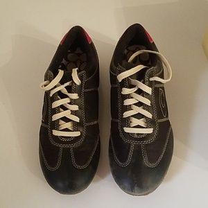 Coach Size 7 M Black & Red Shoes.